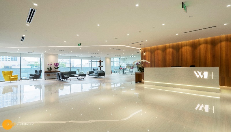 Right at the main door, there is a large glass wall that overlooks the office