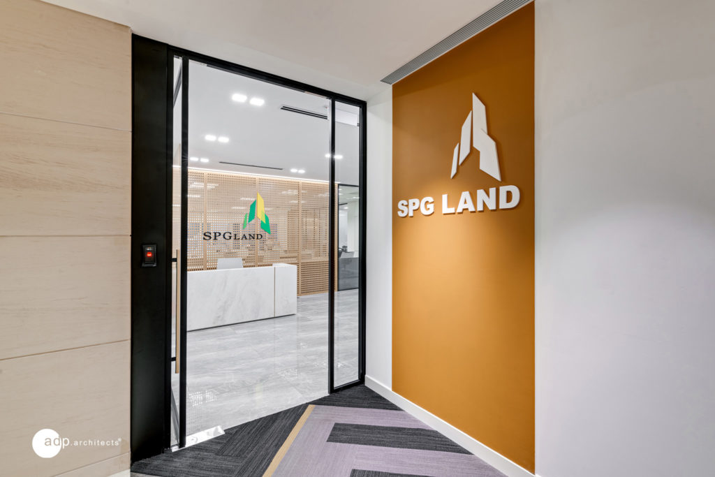SPG Land office design blends Cubicle and Creative cultures